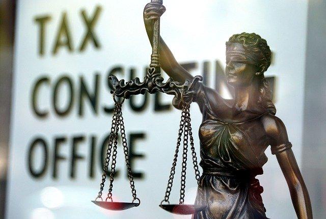 taxes-4326713_640